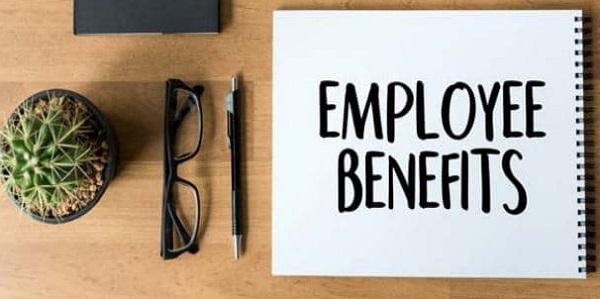 Holiday retirement employee handbook