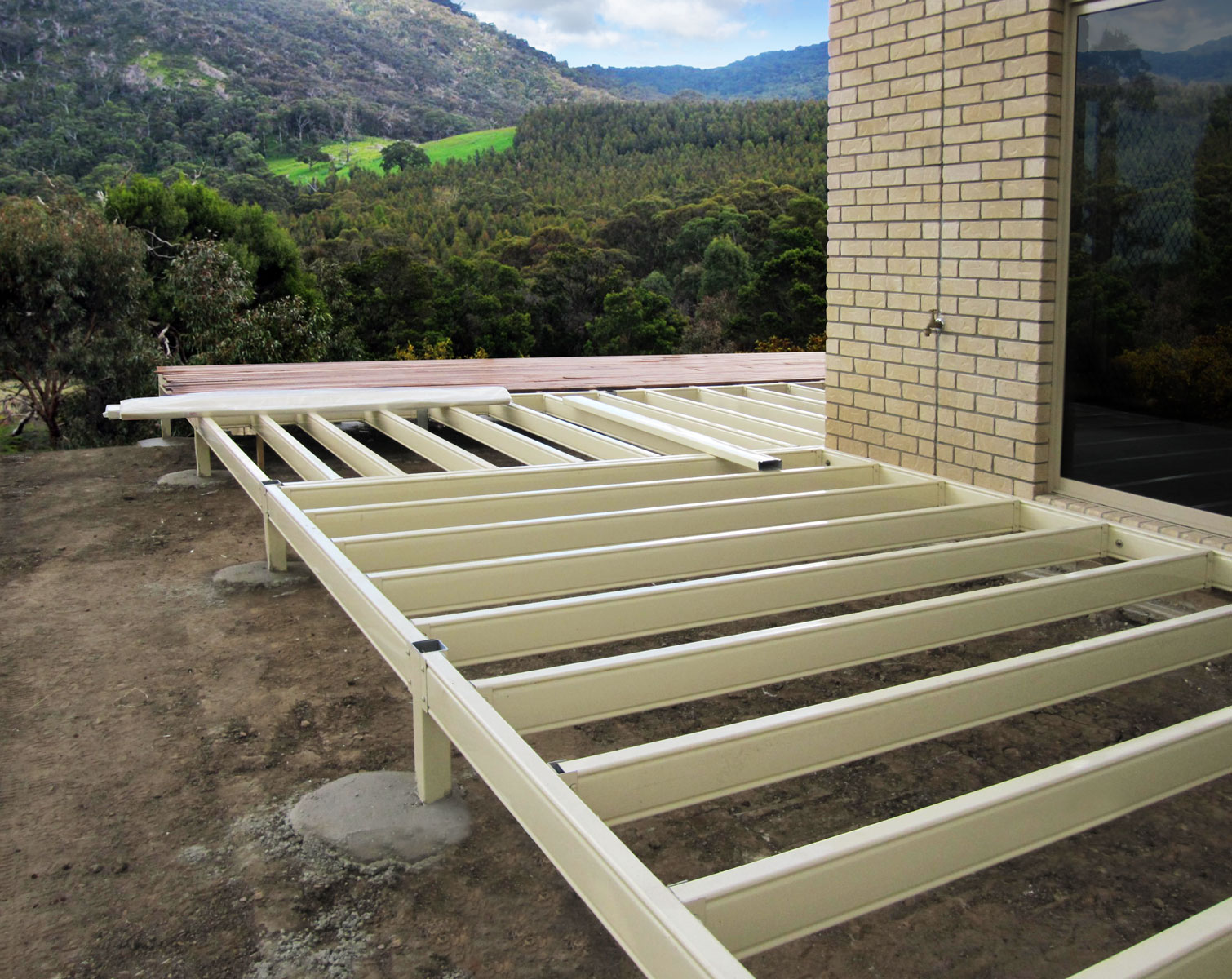 Stratco top deck installation guide